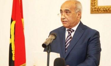 Ministro da Defesa visita Portugal