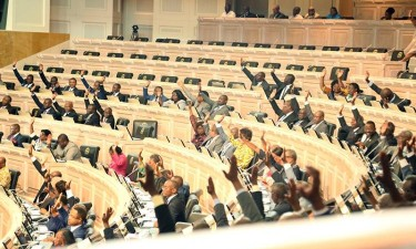 Parlamento aprova OGE para 2020