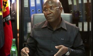 SNEBA quer bancários com telemóveis sob escuta