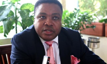 Angolano Sebastião Isata reeleito para a AUCIL