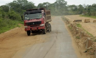 USD 8.000 milhões em auto-estradas