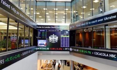 Bolsas europeias caem mais de 5%