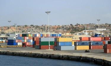 Trocas comerciais chino-angolanas