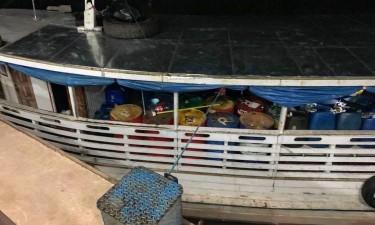 Apreendida embarcação com mais de dois mil litros de combustível