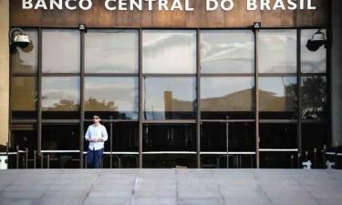 Economia brasileira deve recuar 6,5% em 2020