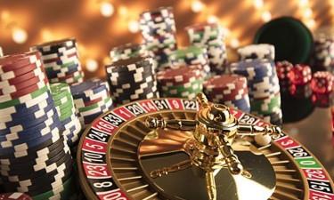 Plury Jogos promete pagar 50% dos salários em atraso