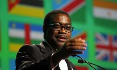 Akinwumi Adesina reeleito presidente do BAD