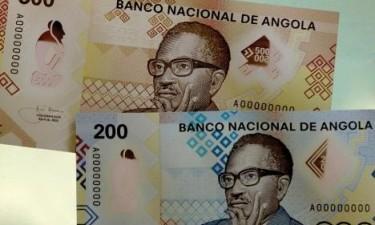 Novas notas de 500 kwanzas em circulação