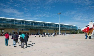 País reabre espaço aéreo a voos internacionais