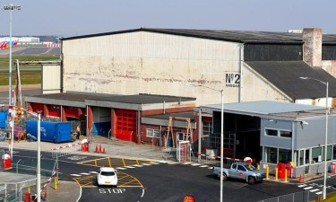 Aeroportos transformados em morgues
