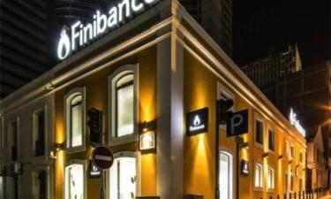 Finibanco encerra quatro agências
