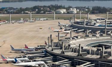 Transportes exige remoção de aeronaves no aeroporto internacional