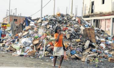 Concurso público urgente para limpar Luanda