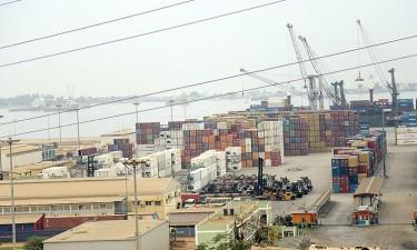 Mercadorias quedam, mas receitas disparam no Porto de Luanda