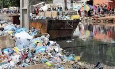 Presidente aprova 27,9 mil milhões para limpar Luanda