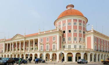 Banco central multa instituições bancárias em 306,5 milhões de kwanzas