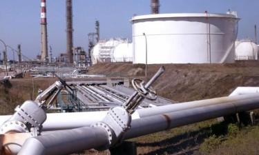 Sonangol escolhe Vitol e Totsa para importação de combustíveis