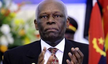 José Eduardo dos Santos regressa a Luanda