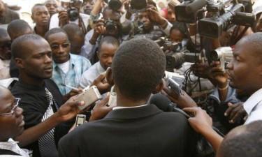 Presidente da República ignora comunicação social