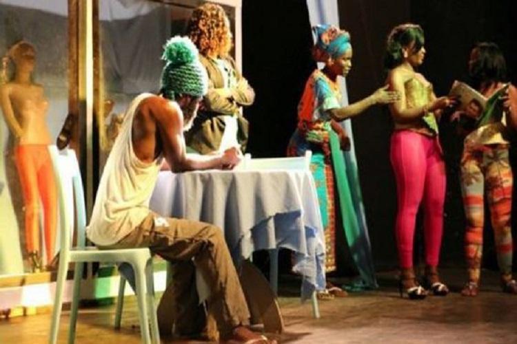 Horizonte exibe a peça teatral 'Jardada'