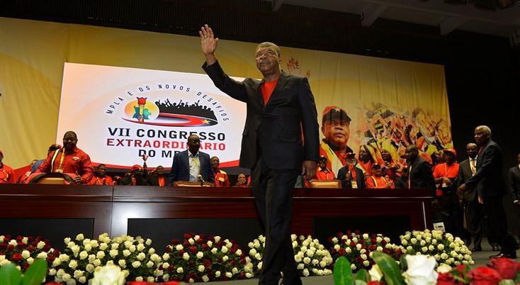 Militantes reagem aos resultados do congresso