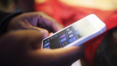 Lei proíbe venda de telemóveis na via pública