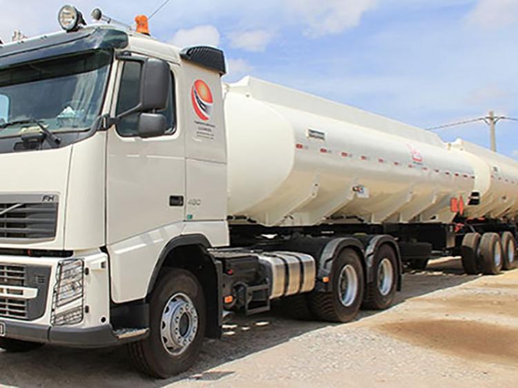 Transportadoras de combustível podem paralisar no final do mês