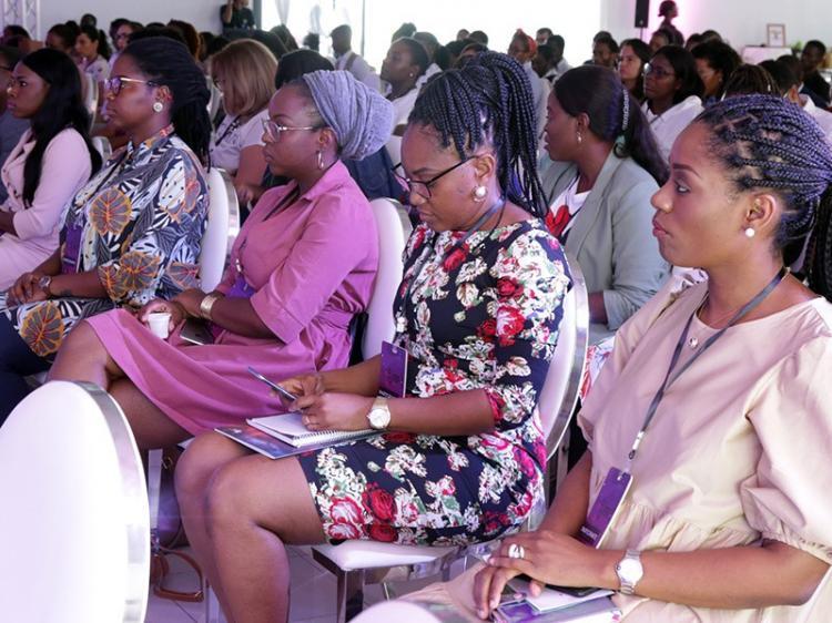 Mulheres incentivam outras a apostar a empreender