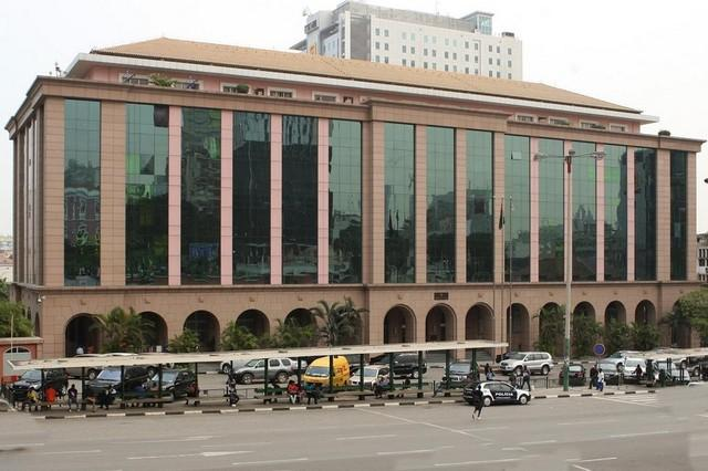 Governo e FMI assinam contrato de gestão das finanças públicas