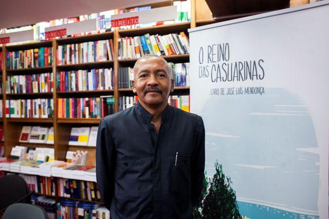 José Luís Mendonça apresenta 'Se os ministros morassem no Musseque'