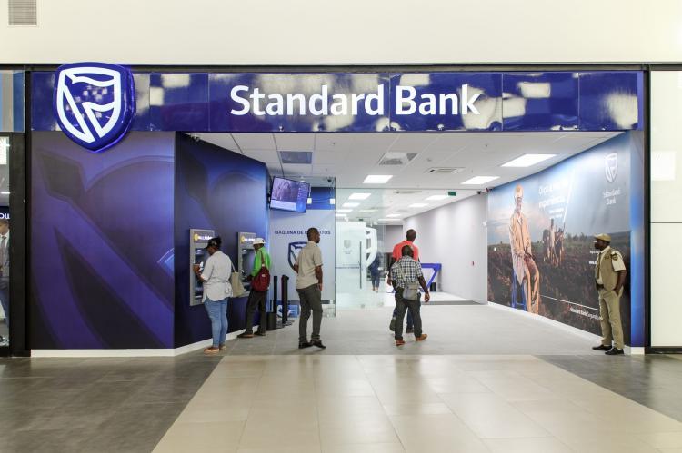Standard Bank Angola eleito o melhor banco