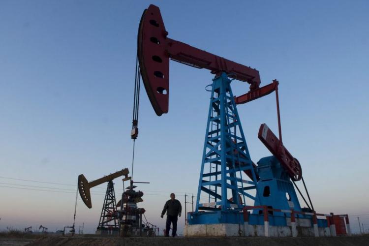 Angola e BP assinam acordos para exploração de petróleo