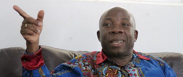 """""""MPLA é um partido que tem muito dinheiro roubado do cofre do Estado"""""""