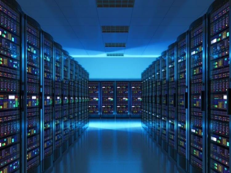 Especialistas sugerem investimento em  'back up' de dados informáticos
