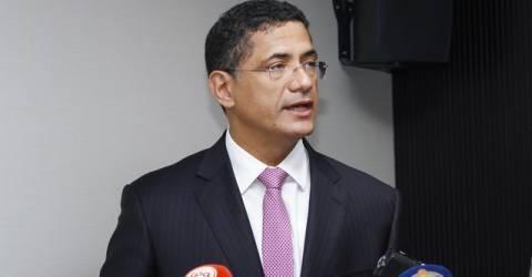 Ministro de Energias e Água anuncia novos investimentos em energia solar