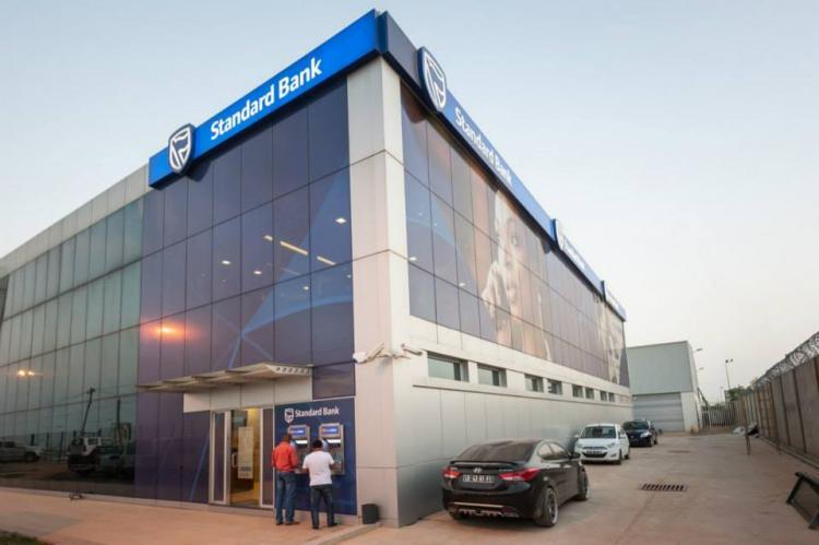 Standard Bank prevê expansão de 1,4% em Angola