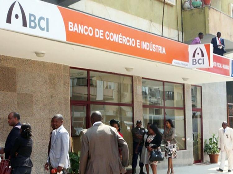 BCI recupera apenas até 40% do crédito concedido pelo 'Projovem'