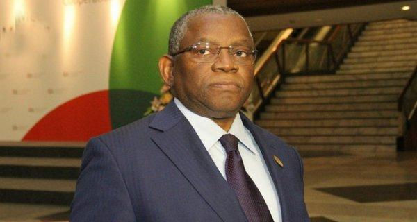 Georges Chikoti assume secretaria-geral do Grupo ACP