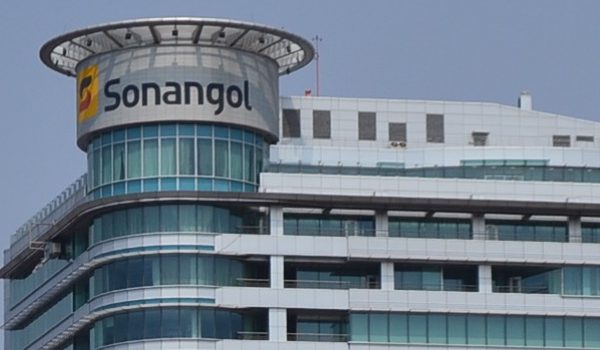 Sonangol acusada de conceber contratos falsos