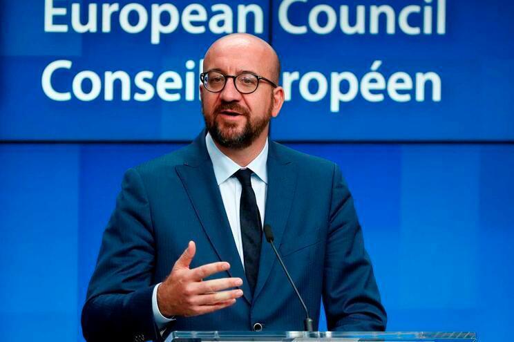 UE pede aos EUA que evitem ruptura económica