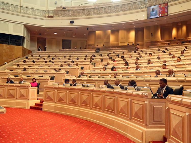 UNITA admite acordo com o MPLA em matérias fracturantes
