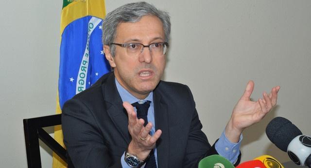 Governo brasileiro repatria cidadãos em Angola
