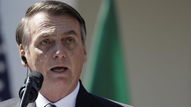 Jair Bolsonaro nomeia novo ministro da Saúde