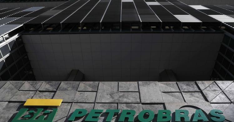 Justiça brasileira bloqueia mais de 3 milhões de euros do PT