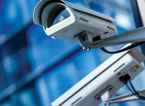Proibida vigilância  com base em motivos políticos