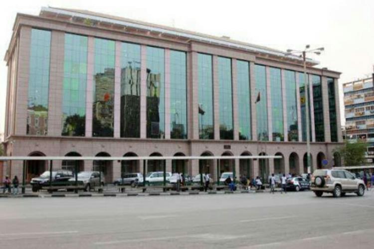 Minfin reprova processos de contratação pública