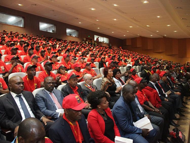 MPLA nega ter agenda de revisão constitucional