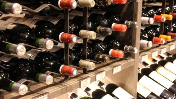 Fábrica precisa de 75 mil euros para engarrafar vinho