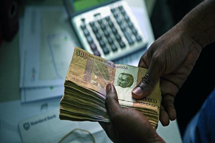 Linhas de financiamento representam 489 mil milhões AKZ