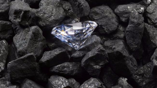 Venda de diamantes deve ser em moeda estrangeira